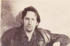 Eduardo Iglesias decide dedicarse a la literatura